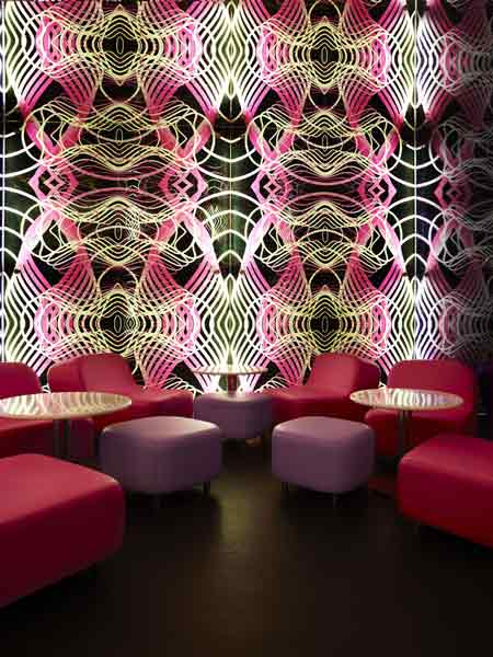 switch-restaurant-by-karim-rashid-24